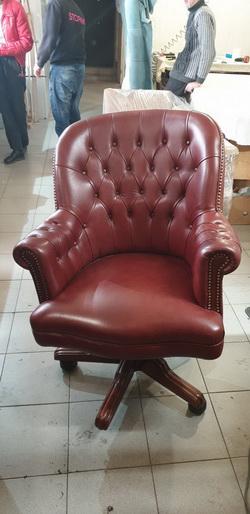 перетяжка офисных стульев