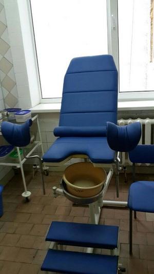 перетяжка гинекологического кресла в Киеве