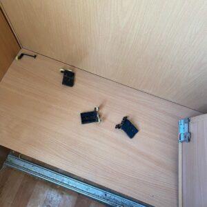 ремонт фурнитуры шкафа
